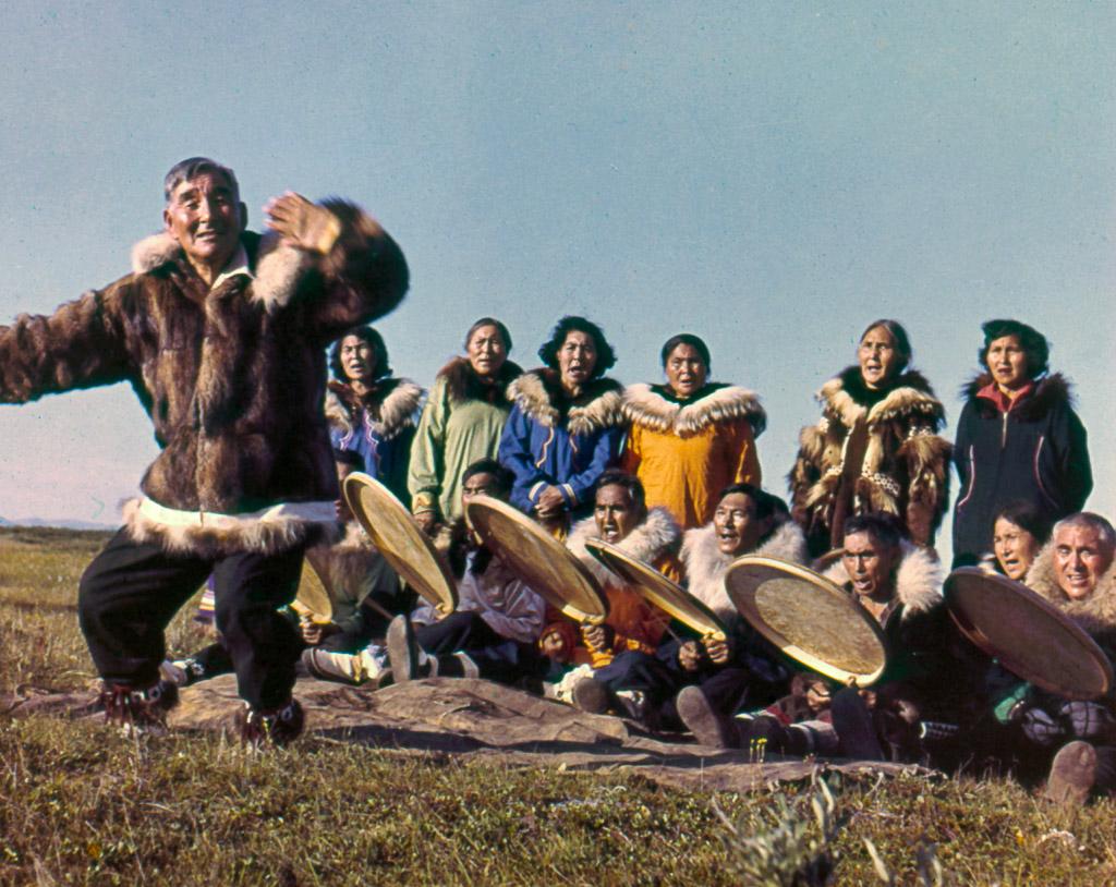 32-Eskimo-dance