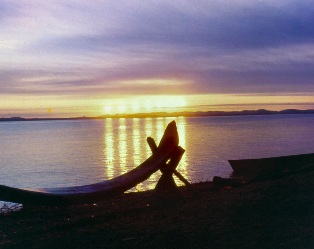 35-Midnight-sun-in-front-of-Kotzebue