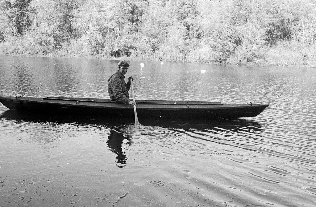 1978 Oliver in kayak